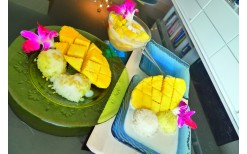 """Only 59 Baht! to enjoy yummy desserts such as mango and sticky rice, cakes, ice-cream and more at """"Kaoneaw"""" @ Siam Square (valued at 120 Baht)"""