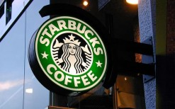 ฿50 for Starbuks card. Valid for any drinks and snacks