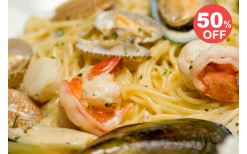 Special offer! With just the price of 199bahts for various 400bahts worth Mediterranean style seafood for health menus from the famous seafood restaurant in the heart of The Emporium, Cafe' Fish.