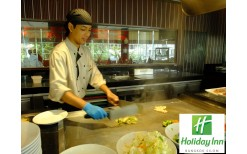 "Special! 399BHT for you to enjoy any day anytime with dinner or lunch international buffet  in the classy food hall within the heart of Bangkok ""The Brasserie"" @Holiday Inn Bangkok Silom Hotel (from the original price of 824BHT)"