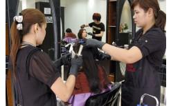 """たった900バーツ!スクンビット・ソイ24にある、正真正銘、韓国のヘアーサロン""""JM Hair Studio""""。3種からお好みで選べる、年越し気分をさらに盛り上げるパッケージ。(通常価格1800バーツ)"""
