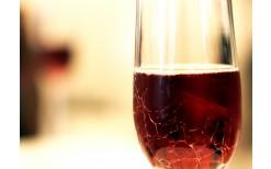 """いまだけ!エカマイの""""Sip Wine Bar & Tasting""""では119バーツで種類豊富な絶品フィンガーフードと、料理にぴったりなプレミアムコレクションの上質ワインが楽しめます(通常価格250バーツ)"""