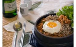 パラダイスパークにある話題のフュージョン韓国料理200バーツを99バーツで御提供。
