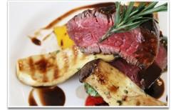 エカマイにあるシーフードとバーベキューが美味しいレストランの御食事券が50%OFF!!